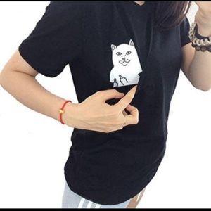 Tops - Middle finger Cat pocket tee. Rip n dip
